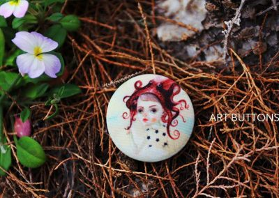 derevjanko=pugovizy-s-printami-art-buttons-osminog