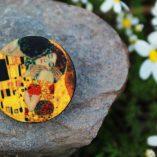 Пуговицы Klimt, Kiss - арт-пуговицы тканевые ручной работы для одежды, хендмейда. Купить можно в магазине пуговиц GOODzyky, Киев.
