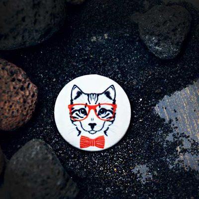 Cat in Red - пуговицы с принтами от магазина goodzyky.com, Киев