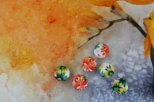 Пуговицы ЯРКИЕ ЦВЕТЫ рубашечные из новой коллекции тканевых пуговиц для рукодельниц. +38 068 704 06 23