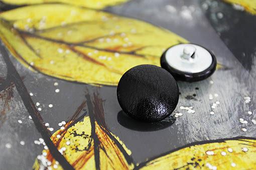 Пуговицы черные для мебели, одежды 22 мм. Пуговицы на металлической ножке для каретной стяжки.
