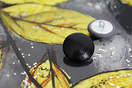 Пуговицы черные мебельные с ножкой петелькой. 22 мм.